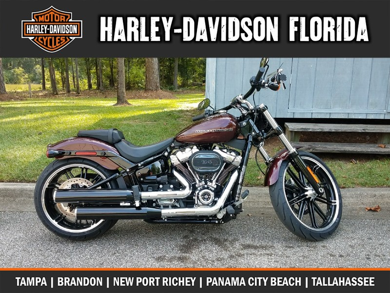 NEW 2018 HARLEY-DAVIDSON FXSB SOFTAIL BREAKOUT  in TALLAHASSEE, FLORIDA