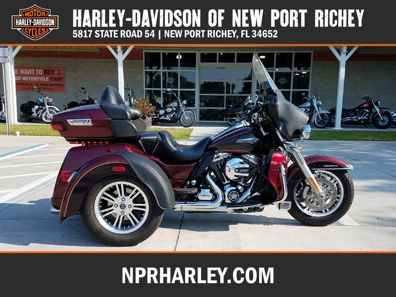 USED 2014 HARLEY-DAVIDSON FLHTCUTG TRI GLIDE ULTRA CLASSIC  in NEW PORT RICHEY, FLORIDA