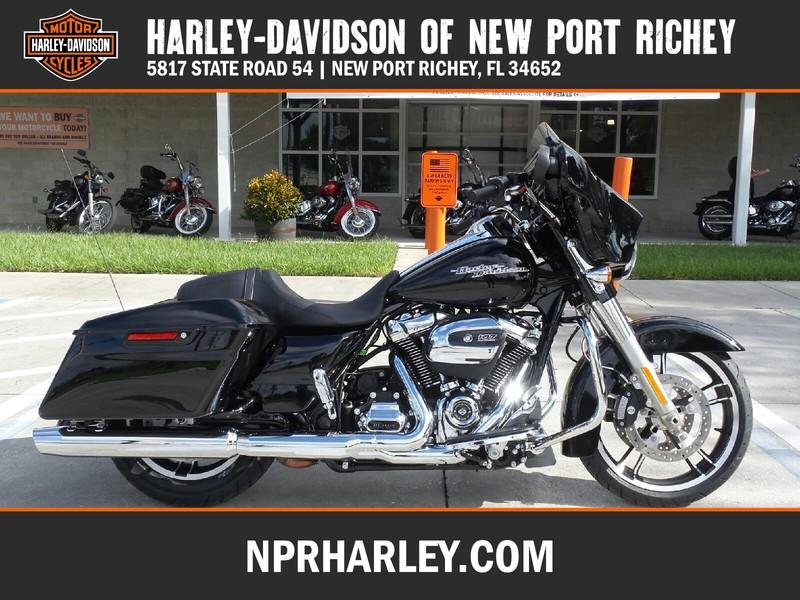 NEW 2017 HARLEY-DAVIDSON FLHXS STREET GLIDE SPECIAL  in NEW PORT RICHEY, FLORIDA