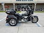 NEW 2017 HARLEY-DAVIDSON FLHTCUTG TRI GLIDE ULTRA CLASSIC  in NEW PORT RICHEY, FLORIDA (Photo 1)