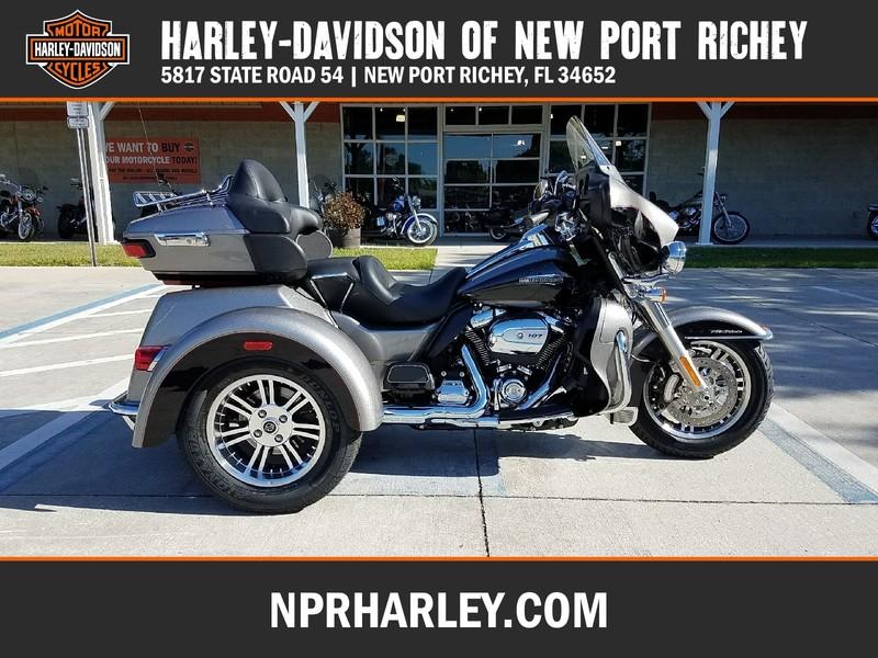 NEW 2017 HARLEY-DAVIDSON FLHTCUTG TRI GLIDE ULTRA CLASSIC  in NEW PORT RICHEY, FLORIDA