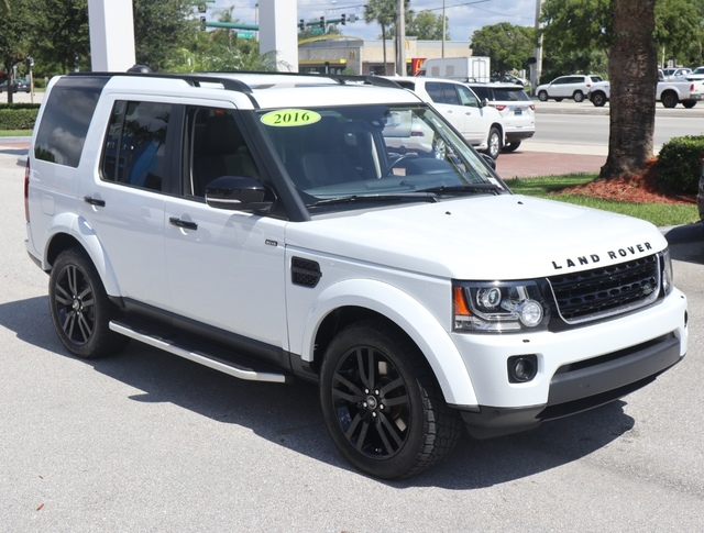 2016 LAND ROVER LR4 HSE  Front Airbags  Head Curtain AirbagsFront Park Distance Control wVisua