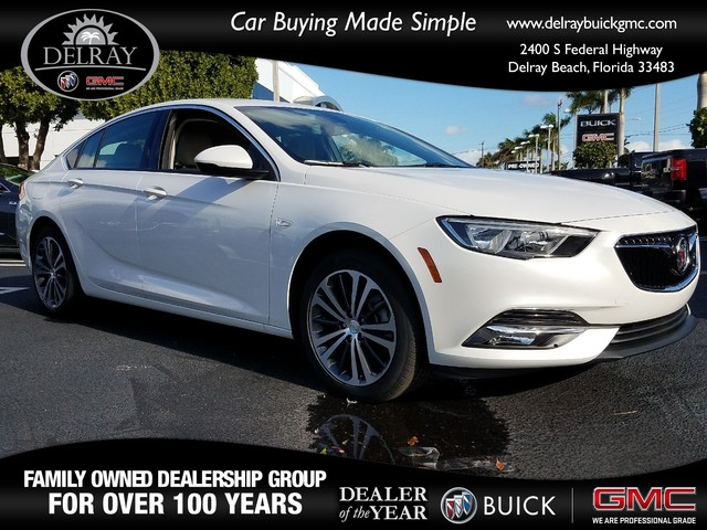 2018 BUICK REGAL SPORTBACK ESSENCE  StabiliTrak stability control system with Traction ControlD