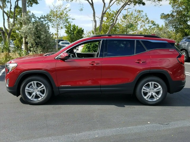 2018 GMC TERRAIN SLE DIESEL  StabiliTrak stability control system with Traction ControlHill Desc