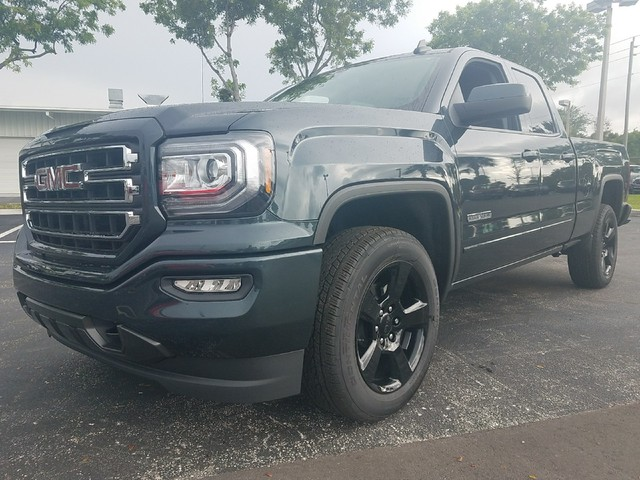 2018 GMC SIERRA 1500 SLE  StabiliTrak stability control system with Proactive Roll Avoidance and