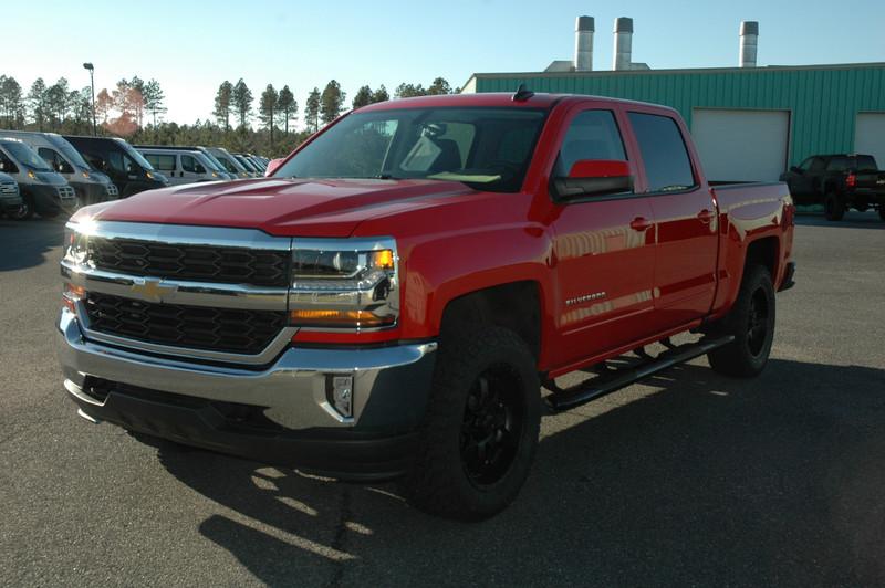 NEW 2016 CHEVROLET SILVERADO 1500 4WD LT CREW in WAYCROSS, GEORGIA